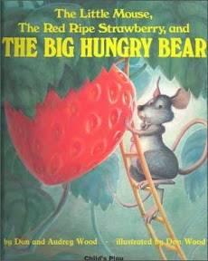 생쥐와 딸기와 배고픈 큰 곰